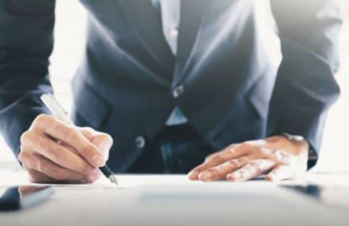Modèle: contrat de travail (CDI/CDD)